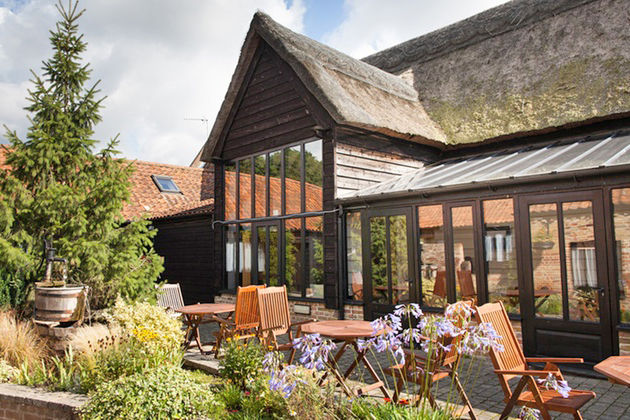 Ivy House Food & Drink | Restaurant Reservations | Oulton Broad